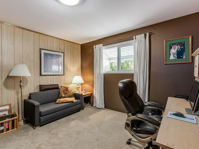 Photo 10: 4656 RAVINE Street in Vancouver: Collingwood VE House for sale (Vancouver East)  : MLS® # R2107811