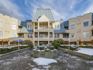 "Main Photo: 216 295 SCHOOLHOUSE Street in Coquitlam: Maillardville Condo for sale in ""Chateau Royale"" : MLS® # R2126183"