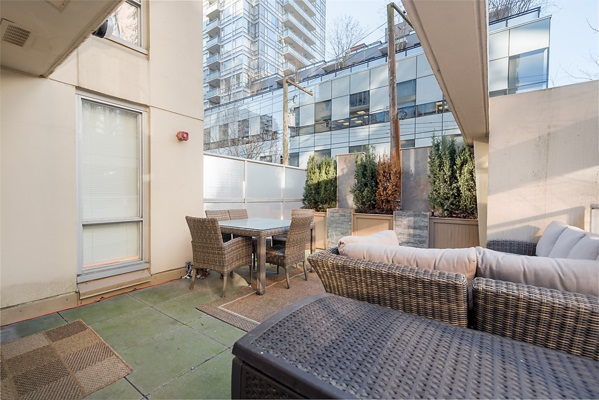 "Photo 18: 202 1001 RICHARDS Street in Vancouver: Downtown VW Condo for sale in ""Miro"" (Vancouver West)  : MLS(r) # R2130172"