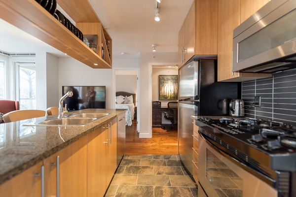 "Photo 9: 202 1001 RICHARDS Street in Vancouver: Downtown VW Condo for sale in ""Miro"" (Vancouver West)  : MLS(r) # R2130172"