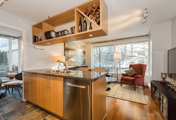 "Photo 8: 202 1001 RICHARDS Street in Vancouver: Downtown VW Condo for sale in ""Miro"" (Vancouver West)  : MLS(r) # R2130172"