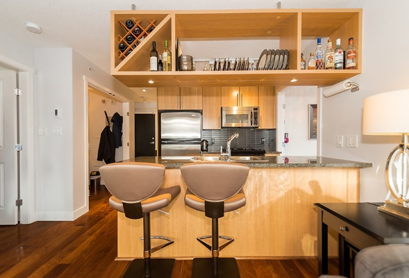 "Photo 5: 202 1001 RICHARDS Street in Vancouver: Downtown VW Condo for sale in ""Miro"" (Vancouver West)  : MLS(r) # R2130172"