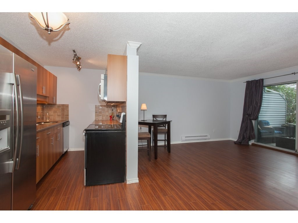 "Photo 10: 103 2055 SUFFOLK Avenue in Port Coquitlam: Glenwood PQ Condo for sale in ""Suffolk Manor"" : MLS(r) # R2142925"