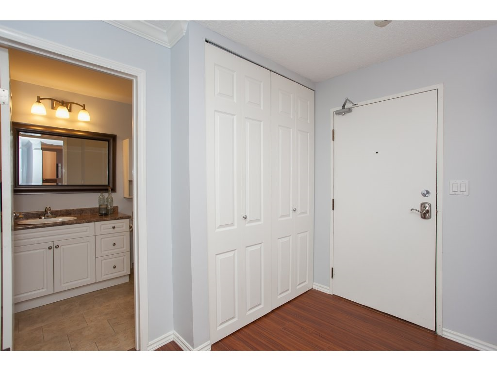 "Photo 7: 103 2055 SUFFOLK Avenue in Port Coquitlam: Glenwood PQ Condo for sale in ""Suffolk Manor"" : MLS(r) # R2142925"