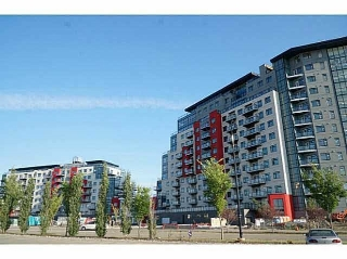 Main Photo:  in Edmonton: Zone 56 Condo for sale : MLS(r) # E4056598
