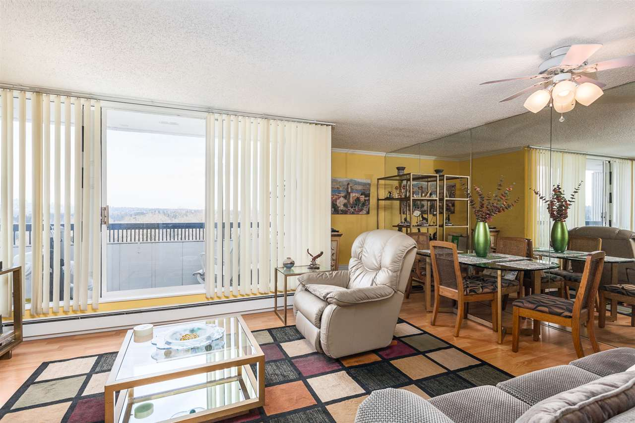 "Photo 5: 1104 9280 SALISH Court in Burnaby: Sullivan Heights Condo for sale in ""EDGEWOOD PLACE"" (Burnaby North)  : MLS(r) # R2153486"