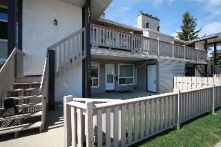 Main Photo: 15013 26 Street in Edmonton: Zone 35 Carriage for sale : MLS(r) # E4063675