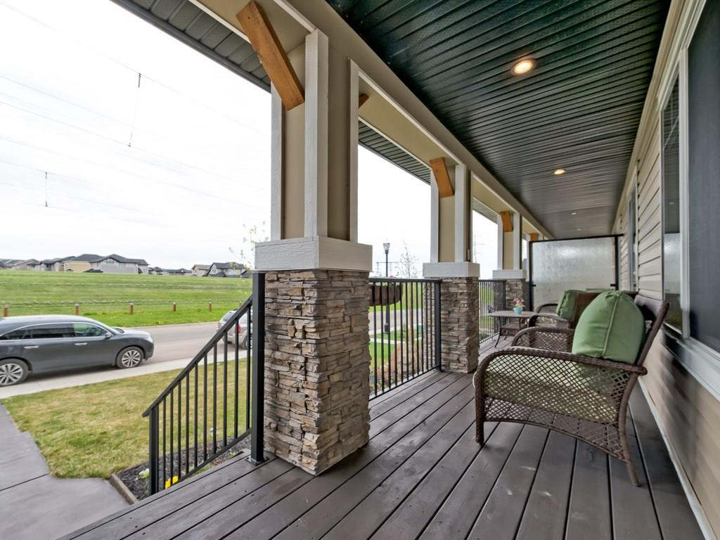 Photo 2: 264 RAINBOW FALLS Green: Chestermere House for sale : MLS(r) # C4116928