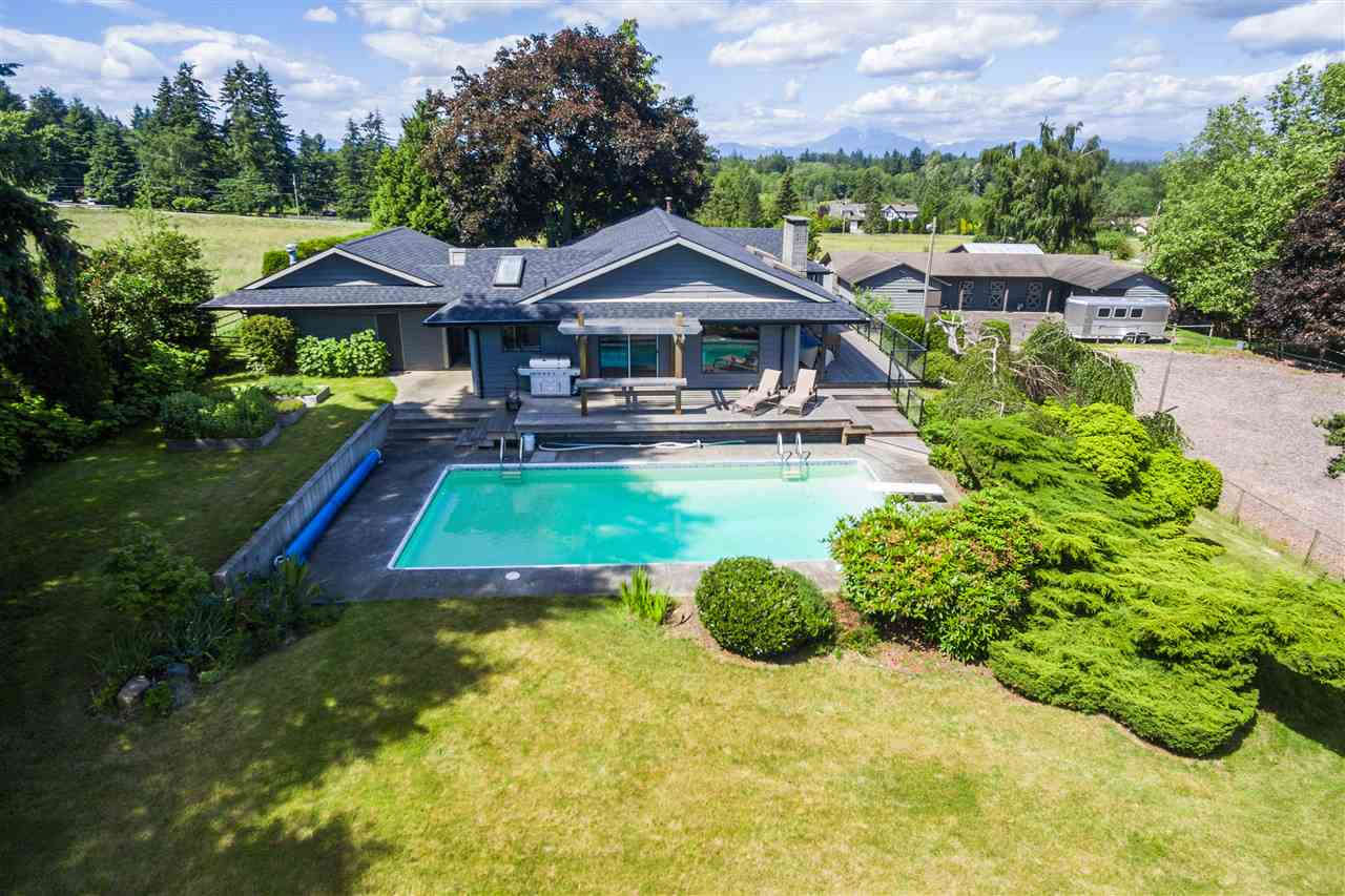 "Main Photo: 21318 32 Avenue in Langley: Brookswood Langley House for sale in ""Brookswood"" : MLS®# R2181634"