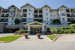 "Main Photo: 128 19673 MEADOW GARDENS Way in Pitt Meadows: North Meadows PI Condo for sale in ""FAIRWAY"" : MLS(r) # R2189627"
