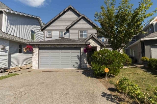 "Main Photo: 7766 211B Street in Langley: Willoughby Heights House for sale in ""Yorkson"" : MLS(r) # R2191838"