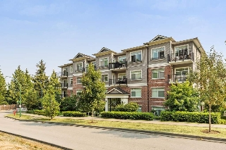 "Main Photo: 410 19530 65TH Avenue in Surrey: Clayton Condo for sale in ""Willowgrand"" (Cloverdale)  : MLS® # R2197006"