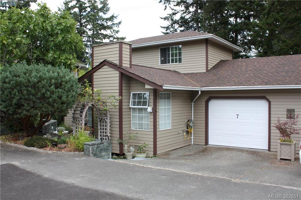 Main Photo: 7 124 Valhalla Road in SALT SPRING ISLAND: GI Salt Spring Townhouse for sale (Gulf Islands)  : MLS® # 382651