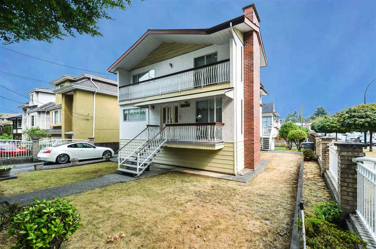 Main Photo: 4436 WELWYN Street in Vancouver: Victoria VE House for sale (Vancouver East)  : MLS® # R2204445