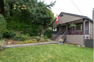 "Main Photo: 405 W QUEENS Road in North Vancouver: Upper Lonsdale House for sale in ""Upper Lonsdale"" : MLS® # R2220990"
