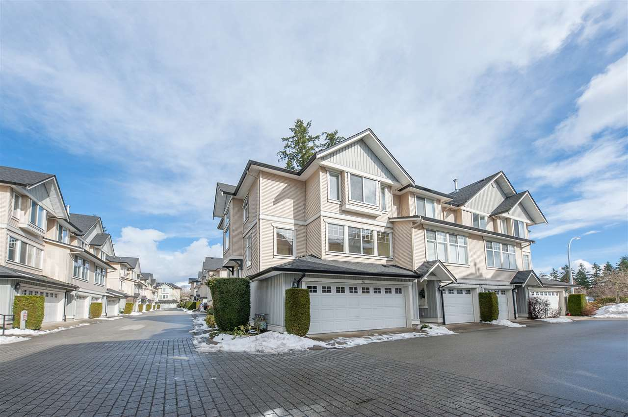 Main Photo: 48 8383 159 Street in Surrey: Fleetwood Tynehead Townhouse for sale : MLS® # R2242777