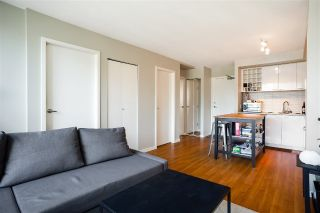 "Main Photo: 909 131 REGIMENT Square in Vancouver: Downtown VW Condo for sale in ""SPECTRUM 3"" (Vancouver West)  : MLS®# R2279112"
