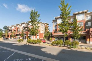 "Main Photo: 417 2970 KING GEORGE Boulevard in Surrey: King George Corridor Condo for sale in ""Watermark"" (South Surrey White Rock)  : MLS®# R2317699"