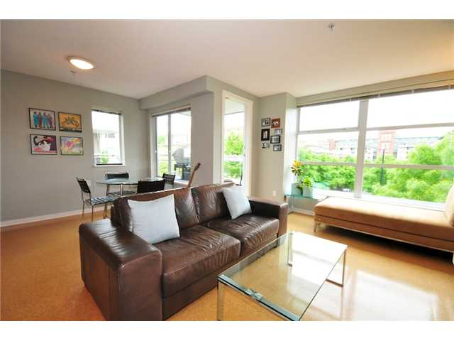 Photo 5: 200 2768 CRANBERRY Drive in Vancouver: Kitsilano Condo for sale (Vancouver West)  : MLS(r) # V895634