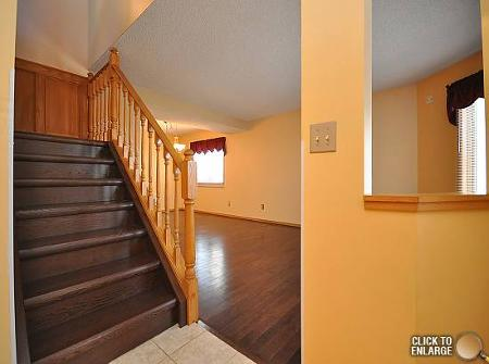 Photo 2: Photos: 6 HARRADENCE CL in Winnipeg: Residential for sale (Whyte Ridge)  : MLS®# 1104846