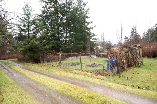 Photo 10: Photos: 2024 STEWART ROAD in NANOOSE BAY: House for sale : MLS® # 352119