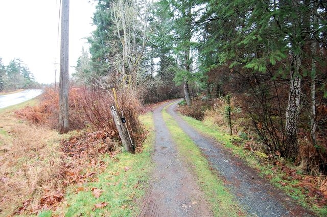 Photo 8: Photos: 2024 STEWART ROAD in NANOOSE BAY: House for sale : MLS® # 352119