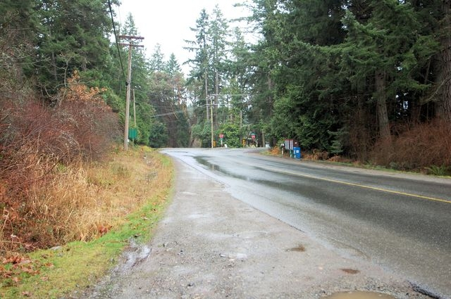 Photo 6: Photos: 2024 STEWART ROAD in NANOOSE BAY: House for sale : MLS® # 352119