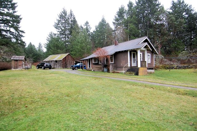 Photo 1: Photos: 2024 STEWART ROAD in NANOOSE BAY: House for sale : MLS® # 352119