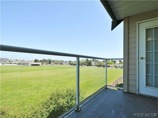 Photo 17: 307 2250 James White Boulevard in SAANICHTON: SI Sidney North-East Residential for sale (Sidney)  : MLS® # 323451