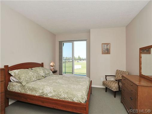 Photo 12: 307 2250 James White Boulevard in SAANICHTON: SI Sidney North-East Residential for sale (Sidney)  : MLS® # 323451