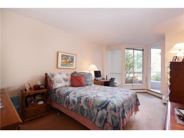 Photo 6: 308 518 Moberly Road in Vancouver: Condo for sale