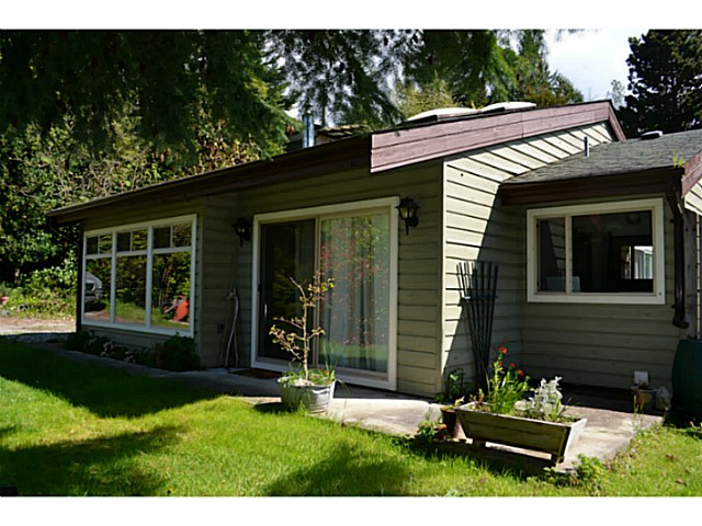 Photo 4: Photos: 5179 CHAPMAN Road in Sechelt: Sechelt District House for sale (Sunshine Coast)  : MLS® # V1061562