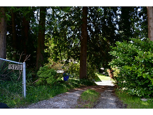 Photo 2: Photos: 5179 CHAPMAN Road in Sechelt: Sechelt District House for sale (Sunshine Coast)  : MLS® # V1061562