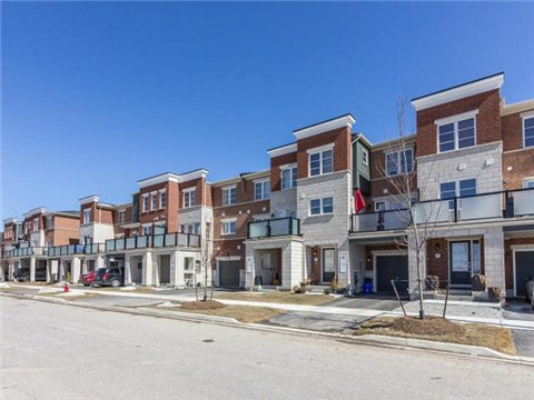 Main Photo: 156 Baycliffe Crest in Brampton: Northwest Brampton House (3-Storey) for sale : MLS® # W3158602