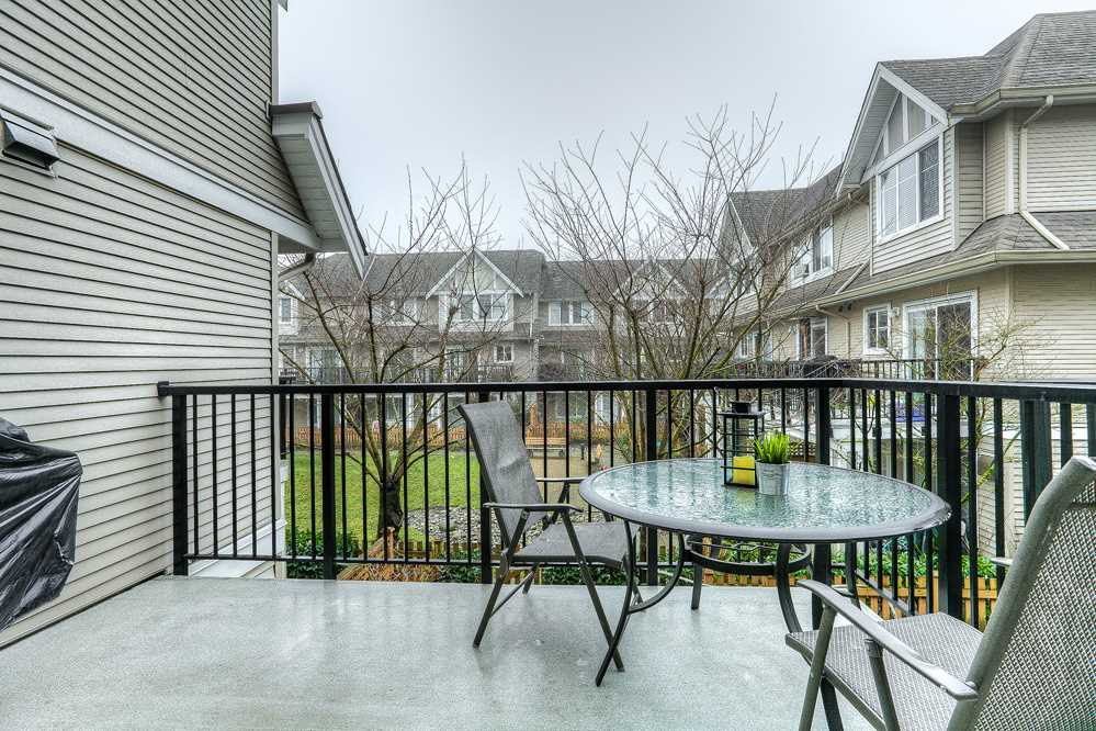 "Photo 15: 10 19141 124 Avenue in Pitt Meadows: Mid Meadows Townhouse for sale in ""MEADOWVIEW ESTATES"" : MLS® # R2023282"