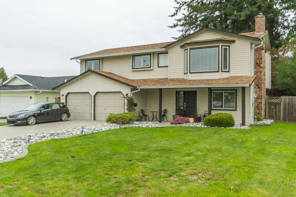 "Photo 2: 2966 WILLBAND Street in Abbotsford: Central Abbotsford House for sale in ""Terry Fox"" : MLS® # R2055332"