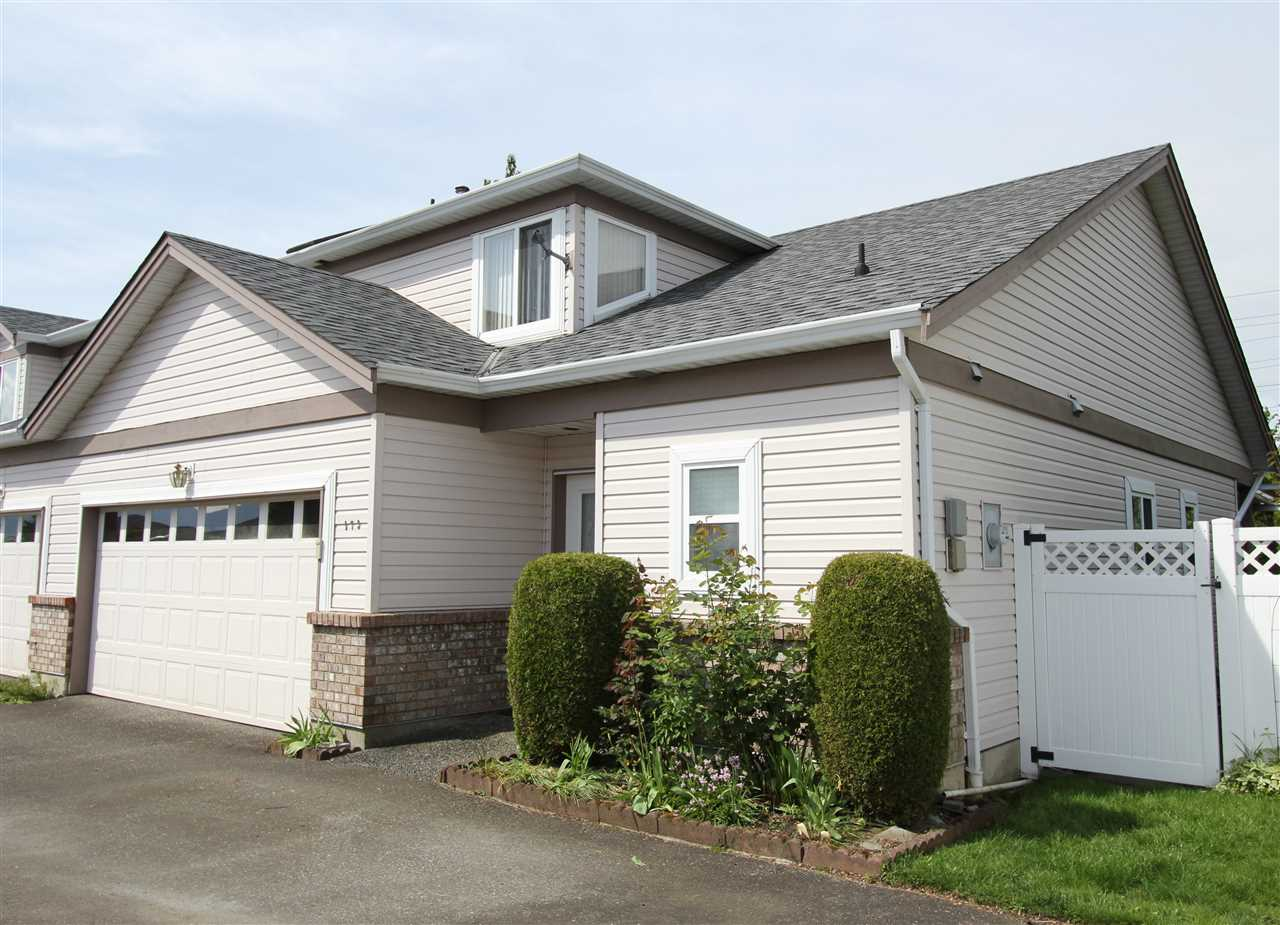 "Main Photo: 173 8485 YOUNG Road in Chilliwack: Chilliwack W Young-Well Townhouse for sale in ""HAZELWOOD GROVE"" : MLS®# R2062558"