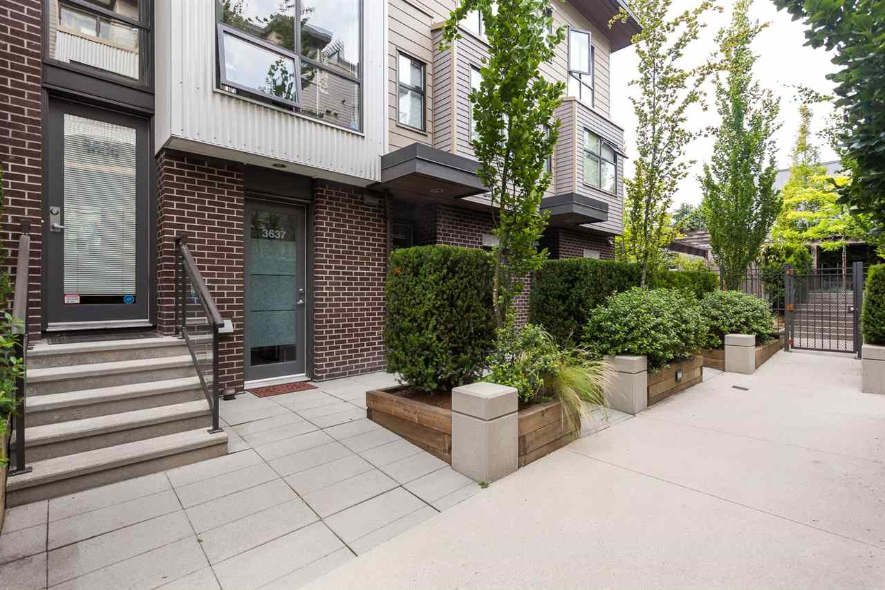 "Main Photo: 3639 COMMERCIAL Street in Vancouver: Victoria VE Townhouse for sale in ""BRIX"" (Vancouver East)  : MLS(r) # R2093064"