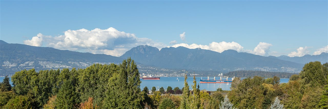 "Photo 9: 4385 LOCARNO Crescent in Vancouver: Point Grey House for sale in ""POINT GREY"" (Vancouver West)  : MLS® # R2104684"