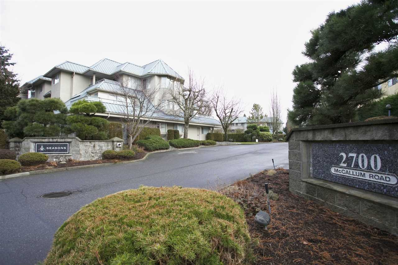 "Main Photo: 322 2700 MCCALLUM Road in Abbotsford: Central Abbotsford Condo for sale in ""The Seasons"" : MLS®# R2130576"
