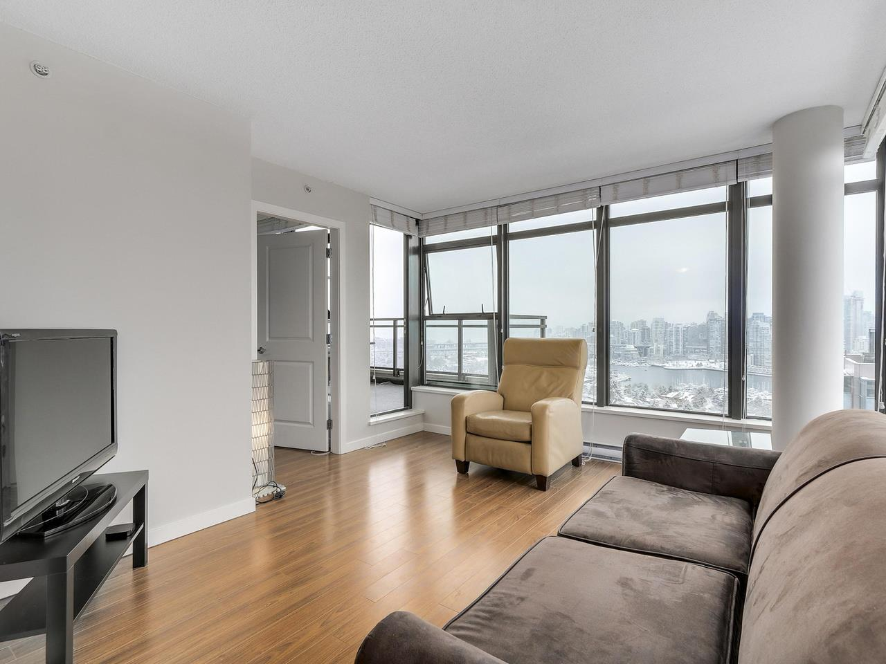 "Photo 6: 1507 1068 W BROADWAY in Vancouver: Fairview VW Condo for sale in ""The Zone"" (Vancouver West)  : MLS® # R2137350"