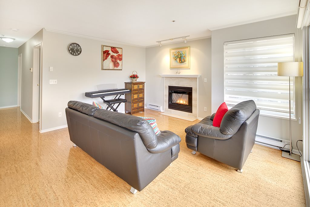 "Photo 5: 305 868 W 16TH Avenue in Vancouver: Cambie Condo for sale in ""Willow Springs"" (Vancouver West)  : MLS(r) # R2141883"