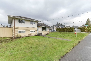 Main Photo: 826 GATENSBURY Street in Coquitlam: Harbour Chines House for sale : MLS(r) # R2148653