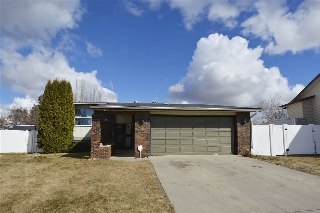 Main Photo: 124 DUNLUCE Road in Edmonton: Zone 27 House for sale : MLS(r) # E4058017