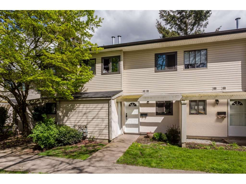 "Main Photo: 13 5271 204 Street in Langley: Langley City Townhouse for sale in ""PORTAGE ESTATES"" : MLS(r) # R2156369"