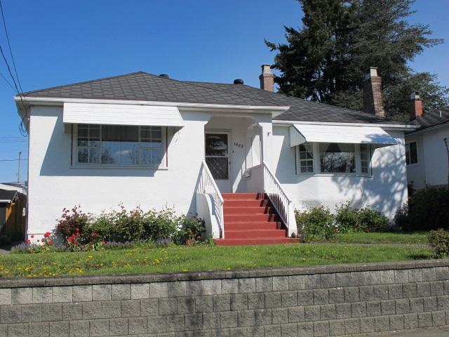 "Main Photo: 1605 LONDON Street in New Westminster: West End NW House for sale in ""WEST END"" : MLS® # R2162513"