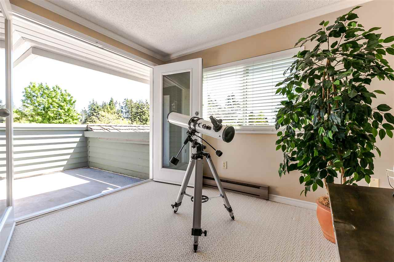 "Photo 14: 1639 133A Street in Surrey: Crescent Bch Ocean Pk. House for sale in ""AMBLEGREEN"" (South Surrey White Rock)  : MLS® # R2169995"