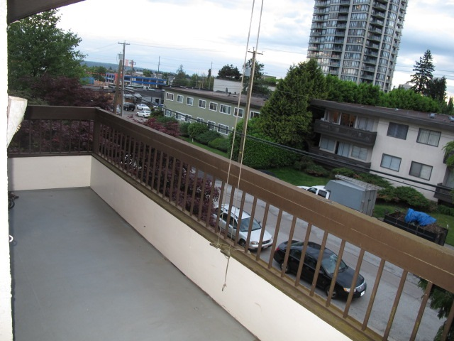 "Photo 16: 302 7180 LINDEN Avenue in Burnaby: Highgate Condo for sale in ""LINDEN HOUSE"" (Burnaby South)  : MLS(r) # R2177989"