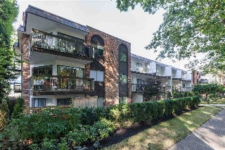 "Main Photo: 104 345 W 10TH Avenue in Vancouver: Mount Pleasant VW Condo for sale in ""VILLA MARQUIS"" (Vancouver West)  : MLS® # R2209571"