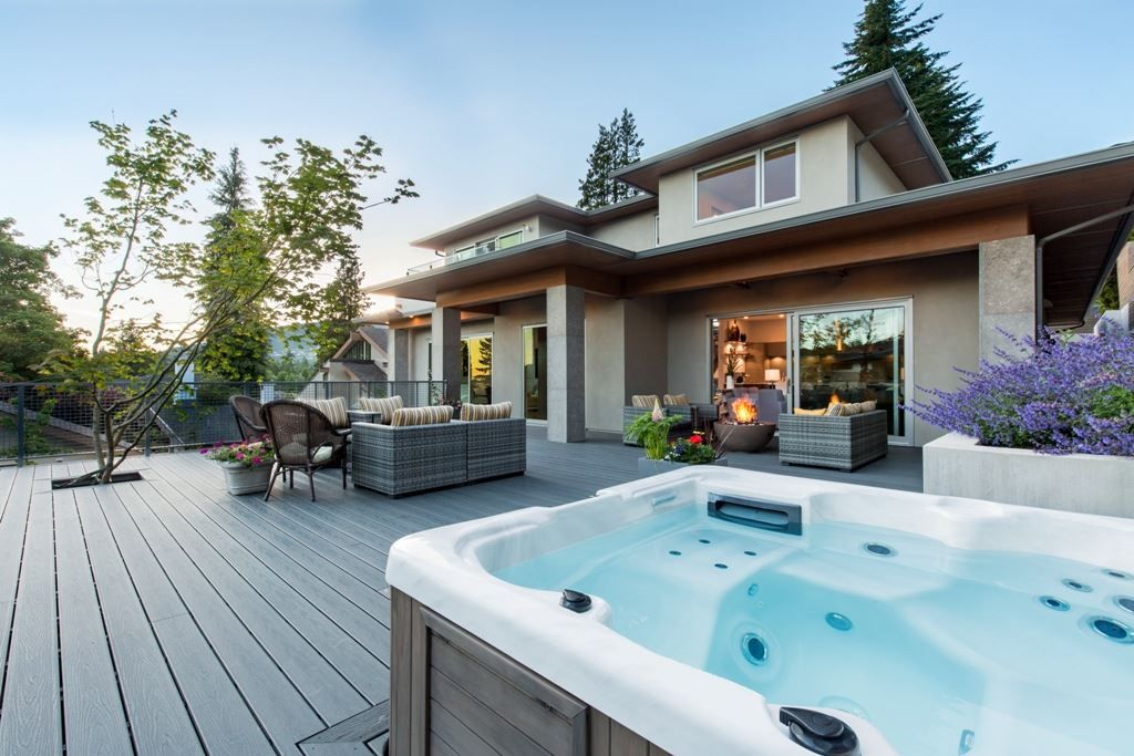 Photo 9: Photos: 883 WAVERTREE Road in North Vancouver: Forest Hills NV House for sale : MLS® # R2232356